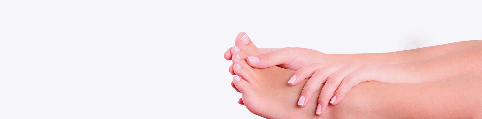 Deixe seus pés em nossas mãos